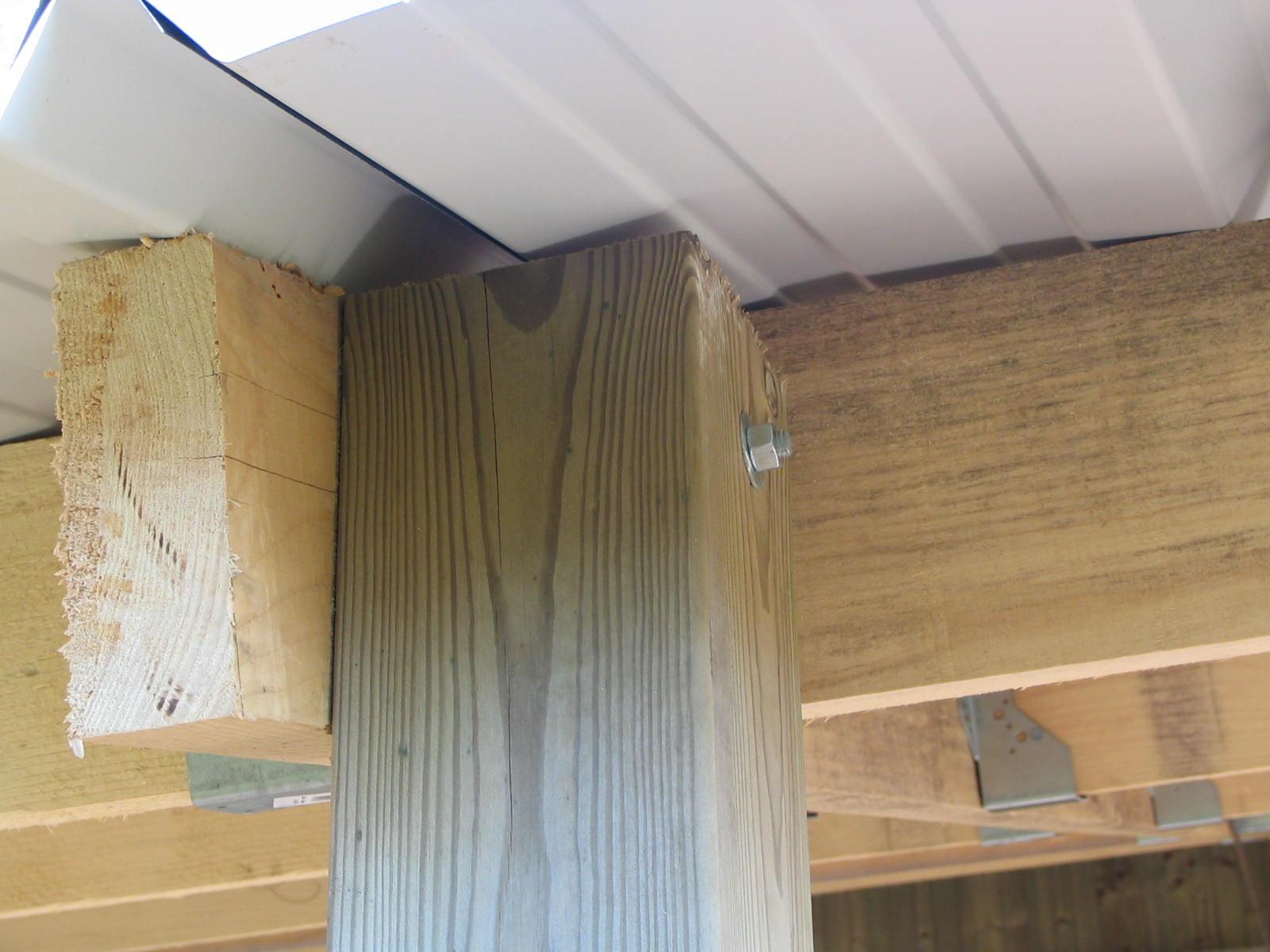 Details d assemblage construction hangar bois - Cout construction hangar ...