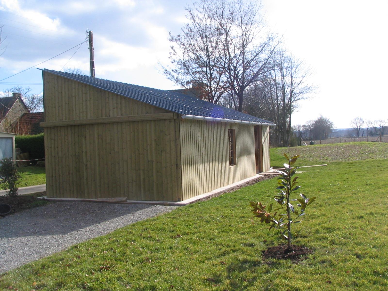 Construction Hangar Bois # Fabriquer Son Hangar En Bois